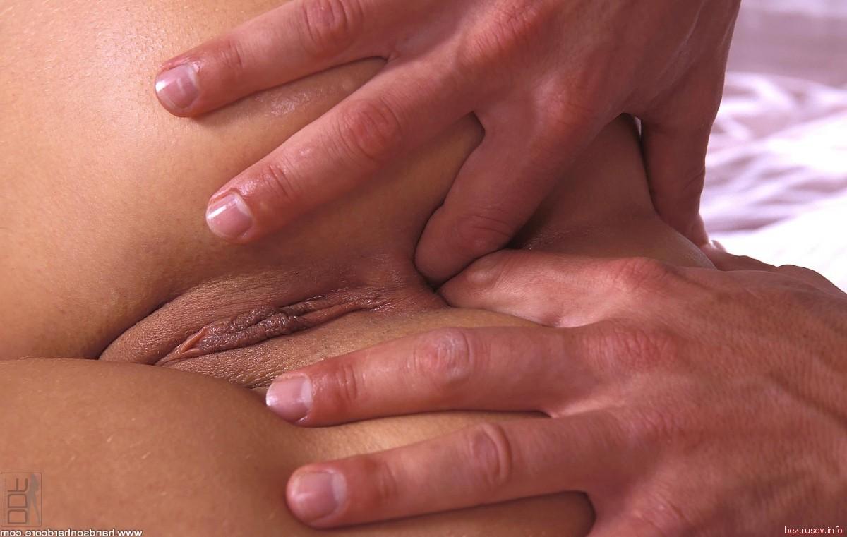 amisha patel naked boobs pics – Pantyhose