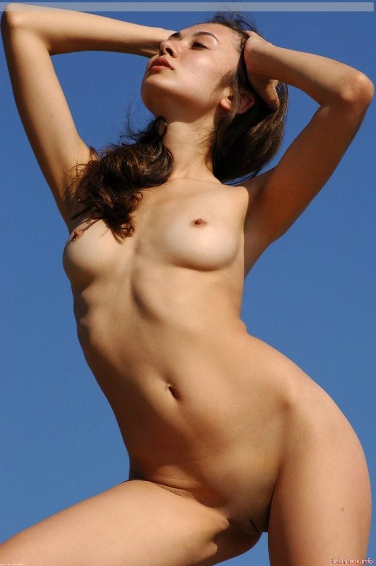francoise boufhal boobs – BDSM