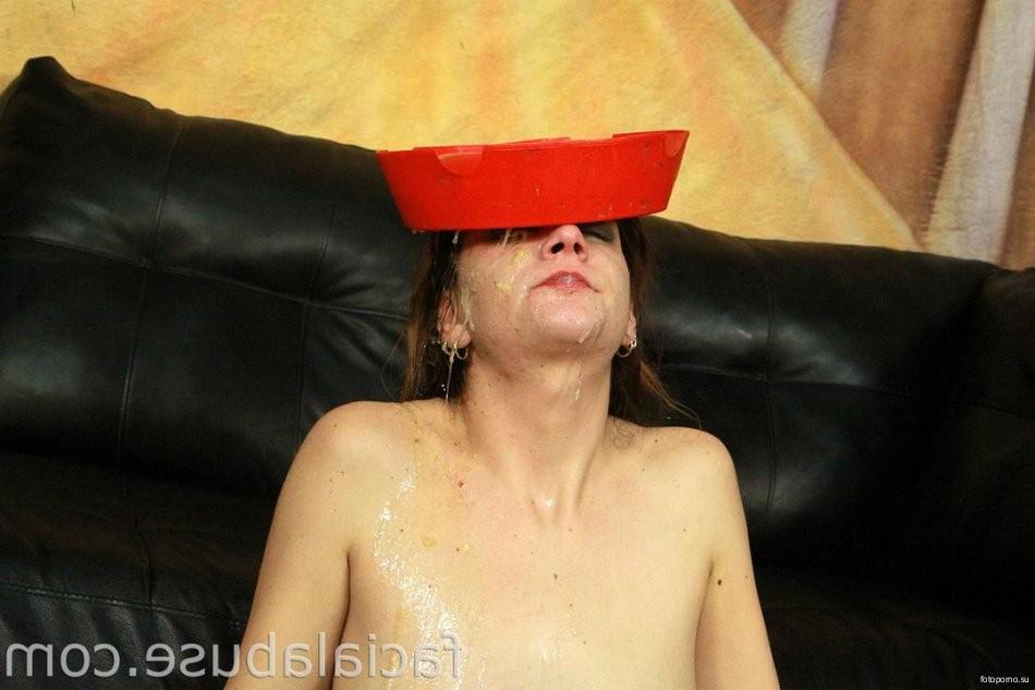 muscle man masturbating – BDSM