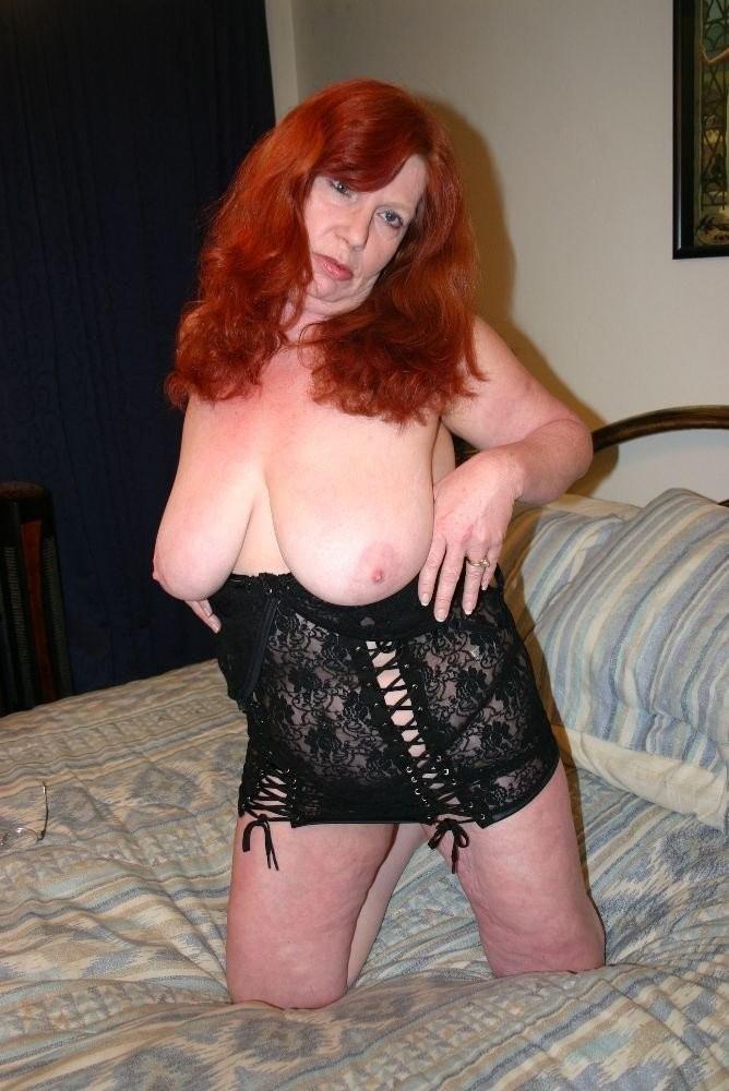 under my shirt lick my nipple – Porno