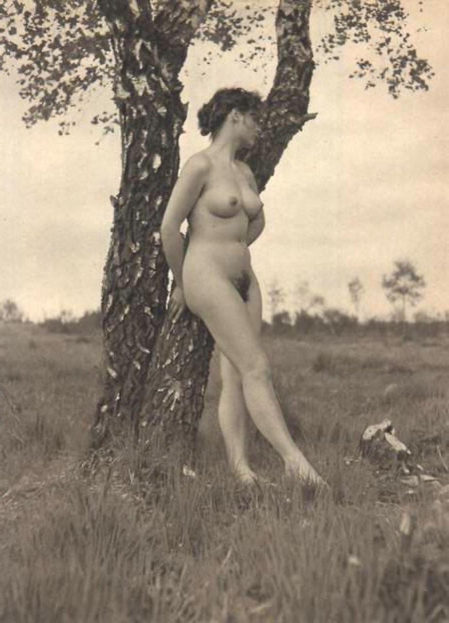 tall nude milf – Pantyhose