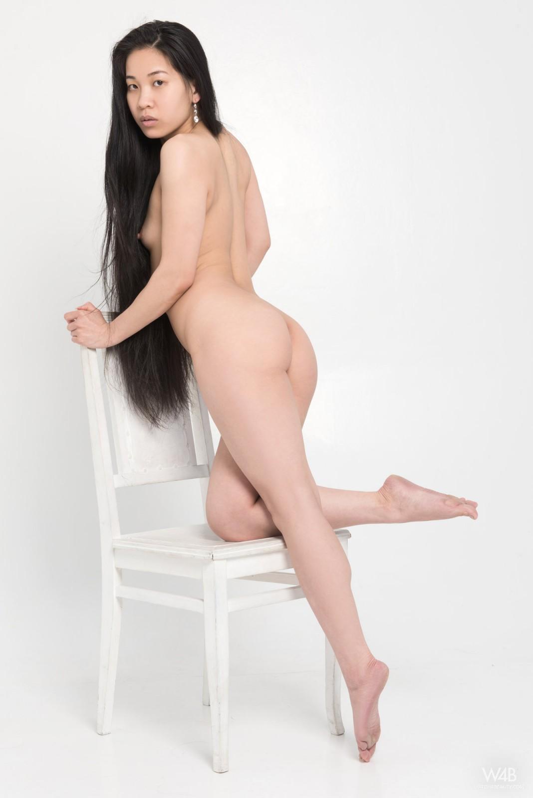Models asian nude Vietnamese model's