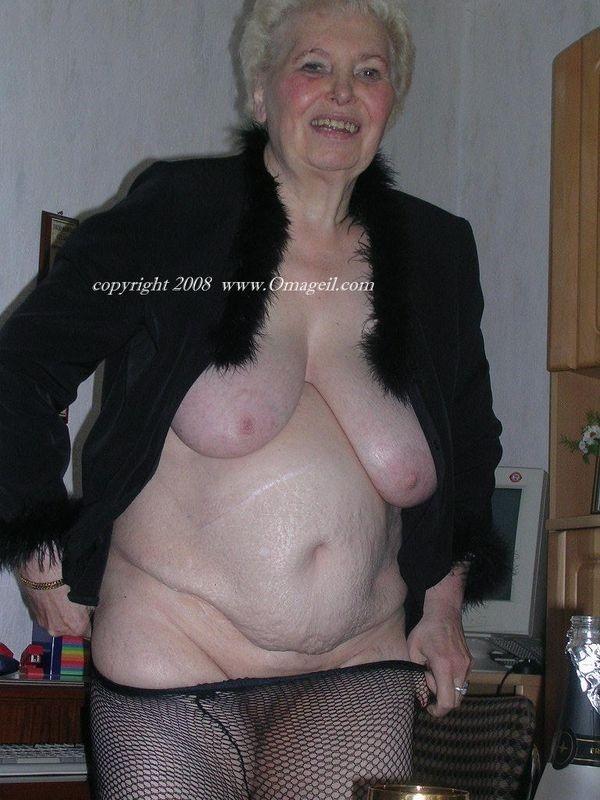 pussy ass squirt – Lesbian